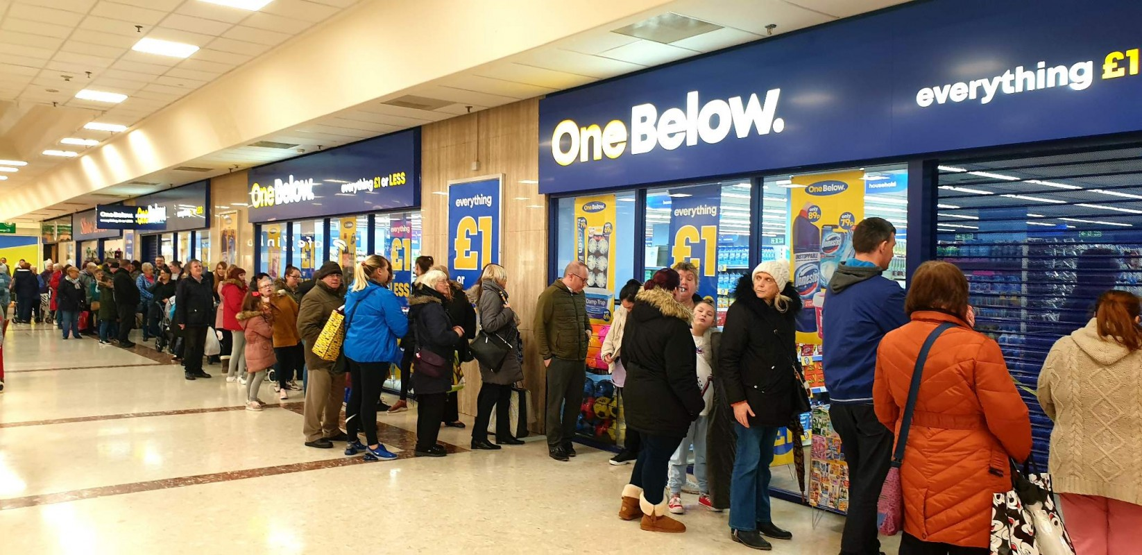 New Image for SHOPPERS QUEUE AS NEW DISCOUNT RETAILER ONE BELOW OPENS AT THE HARDSHAW CENTRE