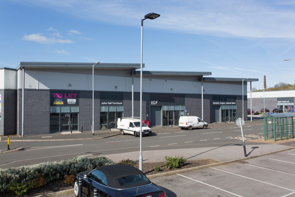 Image 5 of Retail Units to Let